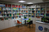 领创学校阅览室